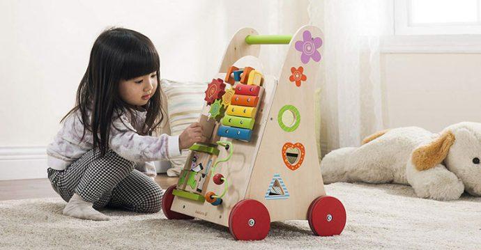 Chariot de marche pour enfant - Le guide complet