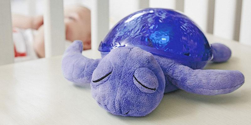 Comment choisir une veilleuse tortue pour son bébé ?