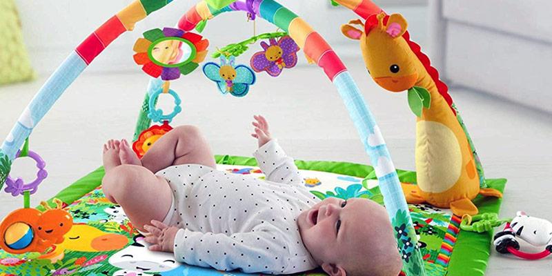 Comparatif des tapis d'éveil pour les bébés