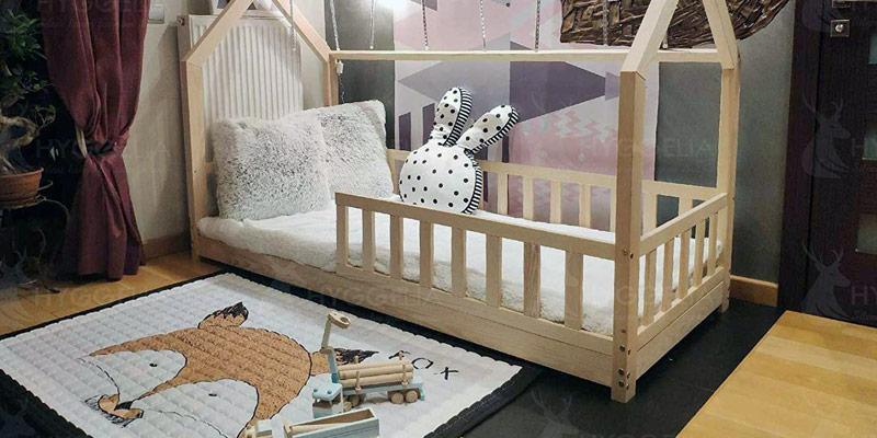 Certains lits cabanes disposent d'une barrière de protection