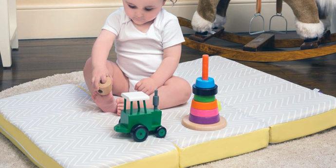 Matelas de voyage bébé - Les meilleurs modèles pliables