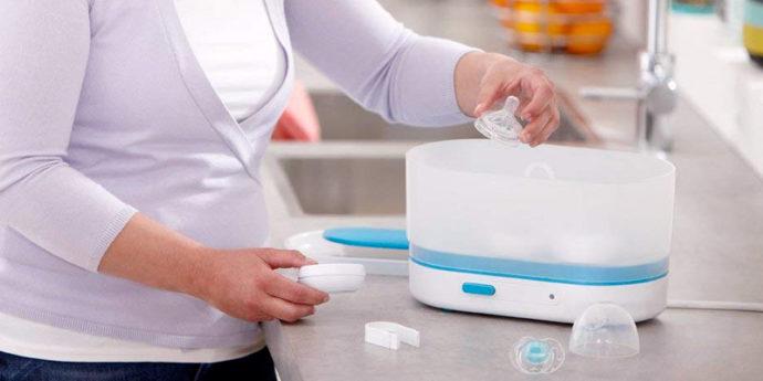 Stérilisateur biberons - Comparatif des meilleurs modèles pour les bébés